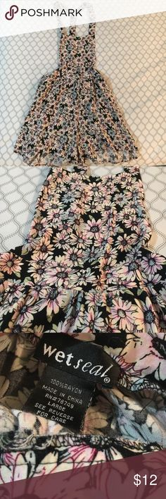 Overall Romper 💕 Barely worn floral overall romper with pink and blue flowers. Would be a great addition to your closet for summer! Wet Seal Other