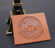 Купить товарЛоготип марки тиснением печатные Джинсы основной этикетки…