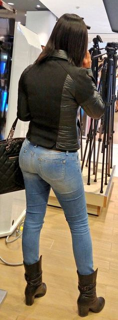 Women in jeans pics — Todays selection 03072016 part 21