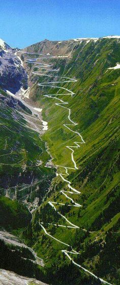 Passo dello Stelvio,Italy // Travel Inspiration, Guides & Tips Places To Travel, Places To See, Travel Destinations, Travel Tourism, Places Around The World, Around The Worlds, Wonderful Places, Beautiful Places, Amazing Places