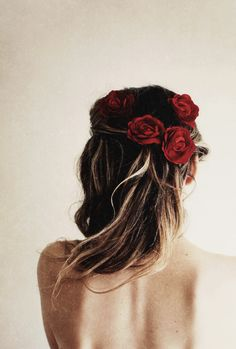 red roses in her hair http://www.shopstyle.com/action/loadRetailerProductPage?id=457195517&pid=uid8209-25430297-21