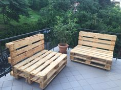 Facili, economici e comodi! Con 6 pallet e qualche vite ve la caverete in poche ore! Pallet, London, Furniture, Home Decor, Furniture From Pallets, Homemade Home Decor, Big Ben London, Palette, Pallets