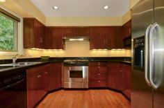 Portland Area Residential: Chef's Kitchen With Granite Counters