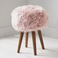 Stool created from luxury soft New Zealand sheepskin with solid oak legs. Wipe the oak legs to clean. You can use non-bio carpet or wool shampoo on the sheepskin. You can also brush the sheepskin to make softer. Blush Pink Bedroom, Pink Bedroom Decor, Pink Room, Girls Bedroom, Bedroom Ideas, Pink Bedroom Accessories, Bedroom Inspo, Dream Bedroom, Bedrooms