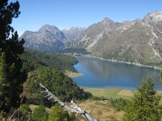 """Blick auf den """"Lej da Segl"""" Richtung Maloja im Oberengadin im Kanton Graubünden"""