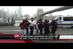 """Policias Del NYPD Haciendo El """"Running Man Challenge"""" Con Jovenes De La Comunidad."""
