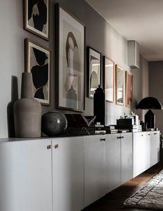 Enfilade pour aménager un couloir Hale Navy, Wabi Sabi, Exterior Design, Interior And Exterior, Simple Interior, Interior Styling, Home Panel, Decoration Entree, Attic Apartment