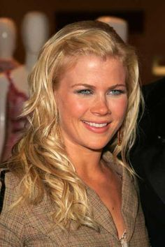 Alison Sweeney I just love her! Just Love, Love Her, Alison Sweeney, Alison Angel, James Scott, Blonde Women, Days Of Our Lives, Celebs, Celebrities