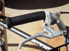 Picture of inner tube bike grips
