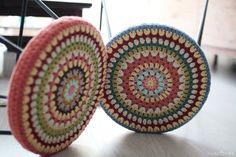 코바늘 스툴커버 만들기 : 네이버 블로그 Crochet Mandala, Decorative Bowls, Diy And Crafts, Planter Pots, Crochet Patterns, Cushions, Knitting, Blog, Home Decor