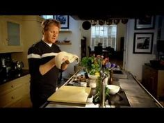 Tandoori Halibut with Raita – Gordon Ramsay Fish Recipes video recipe – The Most Practical and Easy Recipes Seafood Meals, Seafood Recipes, Baking Videos, Food Videos, Ramsay Chef, Gorden Ramsey, Gordon Ramsay Youtube, Chef Gordon Ramsey, How To Cook Liver