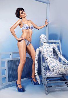 marlies dekker blue & white china