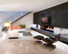 Mooie strakke woonkamer met openhaard