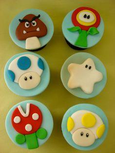 Super Mario – cute – World « Make the Cake – Blog - Blog da Make ... Bolo Do Mario, Bolo Super Mario, Mario Bros., Mario Birthday Cake, Super Mario Birthday, Super Mario Party, Nintendo Cake, Nintendo Party, Fondant Toppers