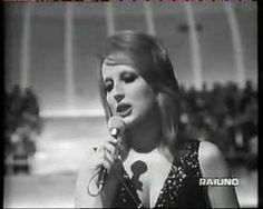 Mina - La voce del silenzio (Live 1972) One of the world's finest musical voices <3