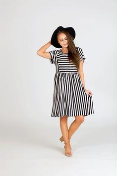 Contrast Stripe Pocket Midi