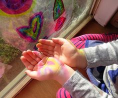 Learning about scientific concepts through art: Light and Colour