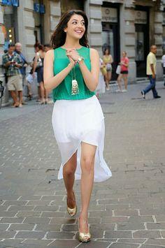 Kajal Agarwal Latest Cute Photo Stills Beautiful Bollywood Actress, Most Beautiful Indian Actress, Beautiful Actresses, Kajal Agarwal Saree, Indian Bridal Sarees, Pakistani Dresses, South Indian Actress, South Actress, Indian Celebrities