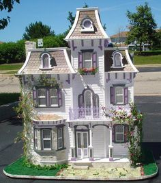 Beacon Hill dollhouse - great color of outside! Description from pinterest.com. I searched for this on bing.com/images
