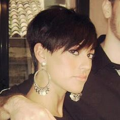 Short Hair Styles  dying to try a pixie style.   When ilose this weight on my body the head's next!