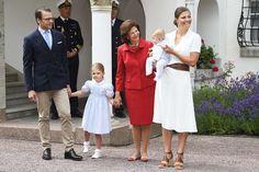 Royals & Fashion: 39 Princess Victoria