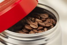 illy.com - Whole Bean Coffee - ph Massimo Gardone