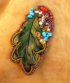 oak leaf bead embroidered brooch/pendant combo by ElysianFields