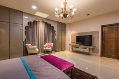 Trendy Living Room Classic Luxury Dream Homes Ideas Indian Bedroom Design, Black Bedroom Design, Indian Bedroom Decor, Luxury Bedroom Design, Indian Home Decor, Master Bedroom Design, Royal Bedroom, Traditional Bedroom, Luxurious Bedrooms
