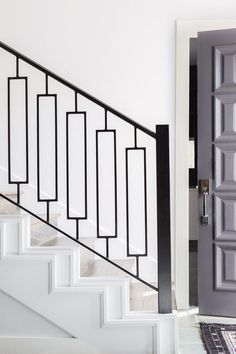 Interiors By Stone Textile // Huntcliff Drive Project – Stone Textile Steel Railing Design, Staircase Railing Design, Interior Stair Railing, Balcony Railing Design, Window Grill Design, Home Stairs Design, Stair Handrail, Banisters, Banister Remodel