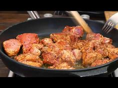 (2) Karkówka w pikantnym sosie pomidorowym / Oddaszfartucha - YouTube Tandoori Chicken, Meat, Ethnic Recipes, Youtube, Food, Coffee, Eten, Meals, Diet