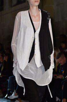 58 details photos of Ann Demeulemeester at Paris Fashion Week Spring 2015.