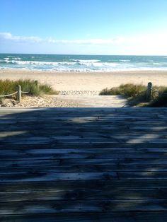 Walk way to Heaven, New Zealand. Way To Heaven, Jet Plane, New Zealand, Destinations, To Go, Walking, Beach, Places, Water