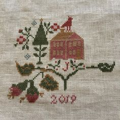 Jo Brozinski в Instagram: «This is my last start for 2019! It has been many years since I have done cross stitch. I've been inspired by all the eye candy on the…» Eye Candy, Cross Stitch, Embroidery, Inspired, Instagram, Punto De Cruz, Needlepoint, Seed Stitch, Cross Stitches