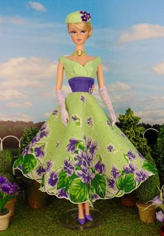 Violet Bouquet for Barbie & Victoire Roux by HankieChic on Etsy