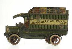 Crumpsall Cream Crackers Tin