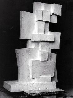 Fritz Wotruba - Grosse Figur für Luzern, 1966/1967, Bronze