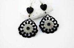 Romantic crochet earrings in black and grey by lindapaula on Etsy