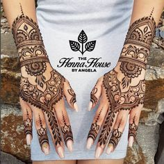 ideas bridal mehndi designs hands indian weddings simple You will find different rumors about the real history of … Henna Hand Designs, Wedding Henna Designs, Mehndi Art Designs, Beautiful Henna Designs, Mehndi Designs For Hands, Henna Tattoo Designs, Indian Henna Designs, Latest Mehndi Designs, Henna Tattoos