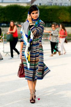Paris Fashion Week Spring 2014 - I'm not 100% certain what is going on here but I love the colors.