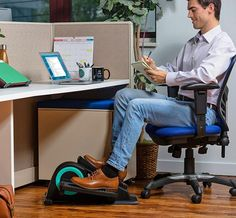 Cubii Pro - Seated Under-Desk Elliptical - Get Fit While You Sit - Bluetooth Enabled, Sync with Fitbit and Apple HealthKit - Whisper-Quiet - Adjustable Resistance - Easy to Assemble Mini Exercise Bike, Office Exercise, Workout At Work, Unique Gifts For Dad, Workout Machines, Workout For Beginners, Going To The Gym, No Equipment Workout, At Home Workouts