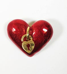 Red Heart Pin, Valentine's Day Brooch, Sparkle Enamel Heart and Lock Gift for Her Vintage Brooches, Vintage Jewelry, Vintage Pins, Etsy Vintage, Perfect Gift For Her, Gifts For Her, Jewelry Supplies, Jewelry Stores, Photographing Jewelry