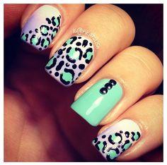 Cute cheetah nails