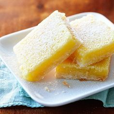 As irresistible as lemon meringue pie but much easier to make–and there's no need for a fork and plate to eat our delicious lemon-coconut shortbread squares! Lemon Desserts, Delicious Desserts, Baking Recipes, Dessert Recipes, Cupcake Recipes, Cake Oven, Dessert Party, Lemon Coconut, Coconut Flour