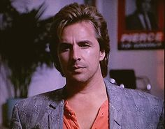 Don Johnson in Miami Vice Nash Bridges, Don Johnson, Miami Vice, Woody Allen, You Look Like, Mens Suits, Sexy Men, Lisa Lisa, Actors
