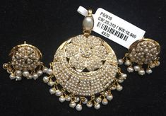 693 new photos · Album by Karan Chauhan Bead Jewellery, Pearl Jewelry, Indian Jewelry, Gold Jewelry, Jewelery, Wedding Jewelry, Wedding Rings, Jewelry Collection, Gold Rings