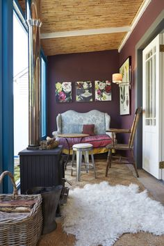 By Simone Borcherding stylist Decor, Furniture, Room, House, Room Interior, Loft Bed, Beautiful Homes, Purple Walls, Home Decor