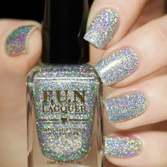 Love this holo glitter from Fun Lacquer <3