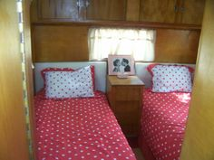 Twin Beds in a vintage New Moon trailer/caravan. Cute!!