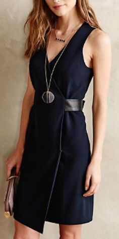 love this wrap dress http://rstyle.me/n/pwm3mr9te