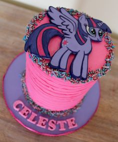 My little pony mini cake smash cake Twilight Sparkle fondant pink buttercream